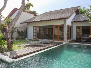 Villa Lima, Gorgeous, Peaceful and Quiet - Kerobokan vacation rentals