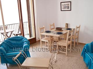 ETERNEL Comfortable, good value apartment - Sitges vacation rentals