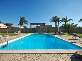 Luxury villa with private pool - Torre Dell'Orso vacation rentals