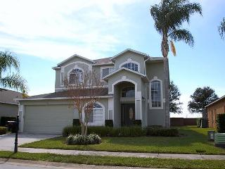 SUNSET SKIES: 5 Bedroom Pool and Spa Home in Gated Community - Davenport vacation rentals
