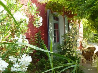 Nice Bed and Breakfast with Internet Access and Central Heating - Barjols vacation rentals