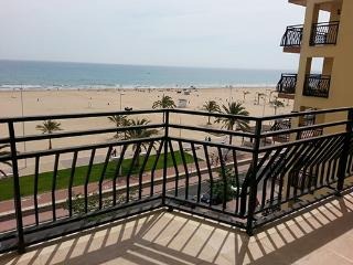 Apartments for summer. Beach of Gandia 1 line - Playa de Gandia vacation rentals