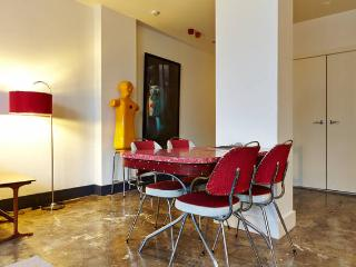New York Style X-Large City Loft Apt - Melbourne vacation rentals