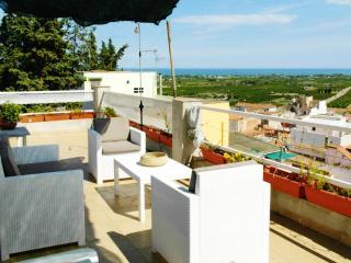 Bright and modern house in Tarragona, Spain, with terrace and sea views - Sant Carles de la Ràpita vacation rentals