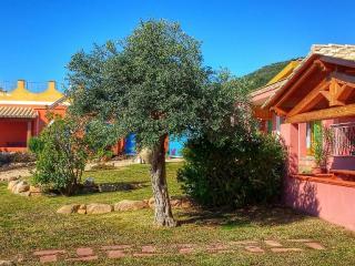 Stefano studio, in villa with garden,sea view. - Santa Margherita di Pula vacation rentals