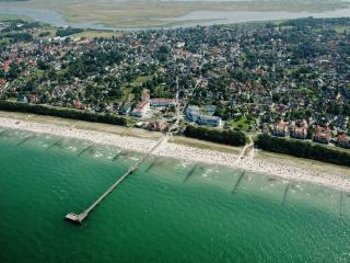 Idyllic apartment by the Baltic Sea with lovely terrace - Zingst vacation rentals