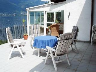 Apartment near Lago Maggiore with terrace and spectacular lake view - Porto Ronco vacation rentals