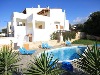 Beautiful island house in Rethymno, Crete, with pool and sea views - Kerames vacation rentals