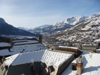 Adorable apartment in Briançon, French Alps - Hautes-Alpes vacation rentals