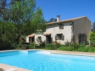 Peaceful villa in Vidauban, Provence, with pool and lush surrounds - Vidauban vacation rentals