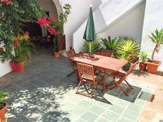 Spacious holiday cottage in Tenerife with sunny courtyard - Puerto de Santiago vacation rentals