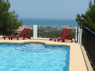 Bungalow near Denia, Costa Blanca, with private pool and magnificent views of the sea and mountains - Els Poblets vacation rentals