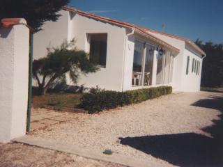 Villa au bord de la mer à Sante Marie de Ré - Sainte Marie de Re vacation rentals