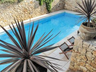 Stylish apartment in Southern Italy with shared pool and garden - Santa Maria al Bagno vacation rentals