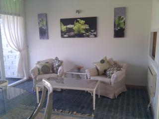 Cosy apartment, suitable couple/family central - San Pedro de Alcantara vacation rentals