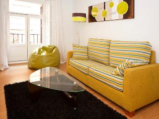 Gran Via Sol Valverde IV - Madrid vacation rentals