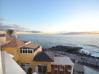 Outstanding views 2 bedroom 2 levels penthouse on - Playa Paraiso vacation rentals