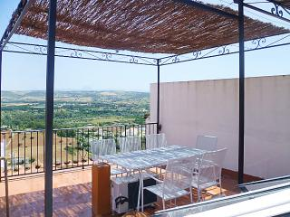 Traditional house with roof terrace in picturesque Arcos de la Frontera - Arcos de la Frontera vacation rentals