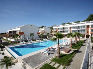 Modern apartment in Ilica with huge, shared pool - Turkish Mediterranean Coast vacation rentals