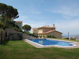 Villa overlooking the sea and Lloret de Mar - Lloret de Mar vacation rentals