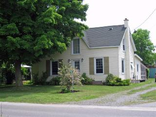 The 1875 Hicks House - Ontario vacation rentals