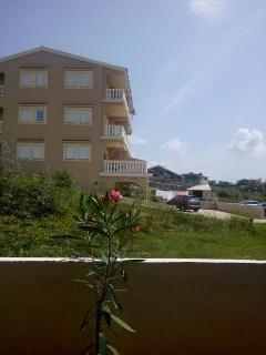Nice Condo with Internet Access and A/C - Vidalici vacation rentals