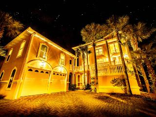 Tranquility - Affordable Luxury, HUGE Spaces - Destin vacation rentals