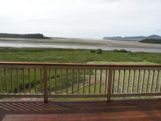 """The Sand Lake View""  Ocean House - Pacific City vacation rentals"
