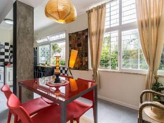 Charming and cosy apartment - Estoril vacation rentals