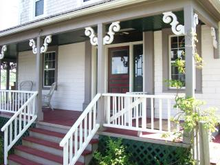 Beautiful Bed and Breakfast with Internet Access and Central Heating - Hampton vacation rentals