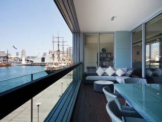 Wharf 8 Luxury 3 Bedroom Apartment in Pyrmont - Sydney vacation rentals