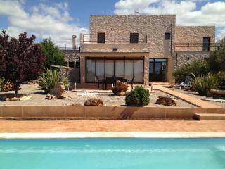 PH010SVG - Campos vacation rentals