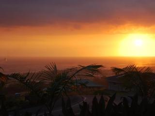 Comfortable Home, Sleeps 16, Amazing View of Ocean - Kailua-Kona vacation rentals