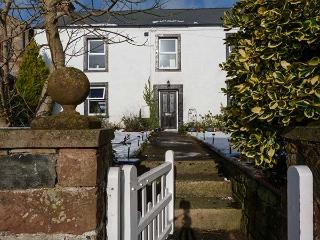 GLENRIDDING COTTAGE; semi-detached, woodburner, WiFi, pet-friendly, near Lake District and Yorkshire Dales in Warcop, Ref 904101 - Appleby-in-Westmorland vacation rentals