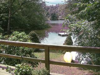 A wonderful getaway on Lake Kanasatka (HAR19W) - Moultonborough vacation rentals