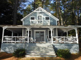 Charming Squam Lake Waterfront Vacation Rental (HOW495W) - Center Harbor vacation rentals