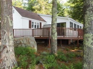 Lake Waukewan Vacation Rental in the Lakes Region (MAR8Wf) - Belmont vacation rentals