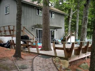 Lake Winnipesaukee Waterfront Vacation Rental on Black Cat Island (POU178W) - Meredith vacation rentals