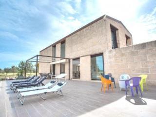 Minimalist House Design in Campos - Campos vacation rentals