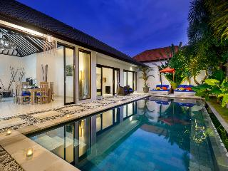 SUPER VALUE, 3 BED PRIVATE POOL VILLA - SEMINYAK - Seminyak vacation rentals