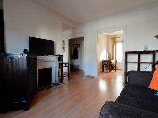 Beautiful Duplex 2 bedrooms Paris center - Paris vacation rentals