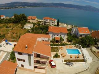 Apartments Brico - A1 (4+1) - Trogir vacation rentals