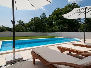 OM015UL - Pavicini vacation rentals