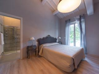"Appartamento Deluxe ""Il Casale"" - Altidona vacation rentals"
