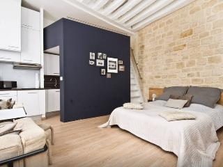 Suite Saint Germain des Pres - Paris vacation rentals