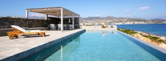 Excellent 3 Bedroom Villa in Paros - Image 1 - Paros - rentals