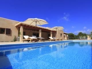 Delightful 5 Bedroom Villa in Formentera - Formentera vacation rentals