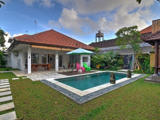 Villa Flourish Berawa Beach, Canggu- North Kuta - Kerobokan vacation rentals