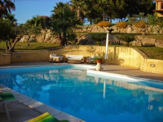 7 bedroom Villa in Marsala, Sicily, Italy : ref 2294025 - Digerbato vacation rentals