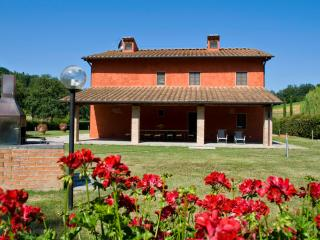 Nice 5 bedroom Reggello House with Central Heating - Reggello vacation rentals